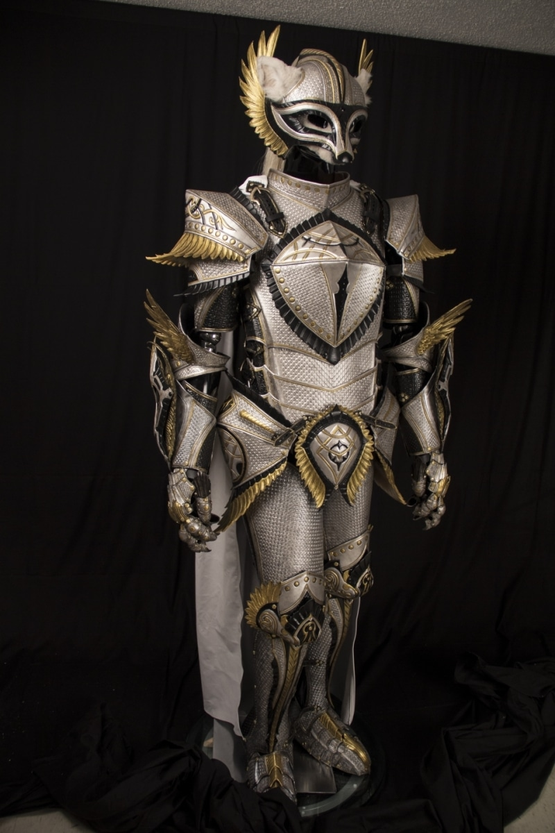 Gallery - White Knight Armor - Prince Armory